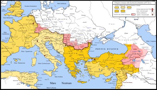 """Le frontiere romane settentrionali e orientali al tempo di Costantino, con i territori acquisiti nel corso del trentennio di campagne militari (dal 306 al 337). La mappa qui sopra rappresenta anche il mondo romano poco dopo la morte di Costantino (337), con i territori """"spartiti"""" tra i suoi tre figli (Costante I, Costantino II e Costanzo II) e i due nipoti (Dalmazio e Annibaliano)"""