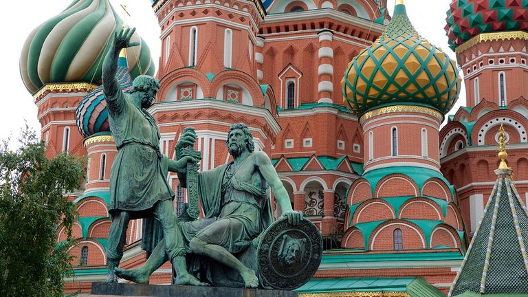 minin-and-pozharsky-monument-102899